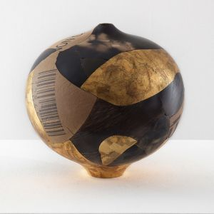 Samuele Bonomi Vaso Sfera smoke fired foglia oro cartone foggiatura rottura riassemblaggio