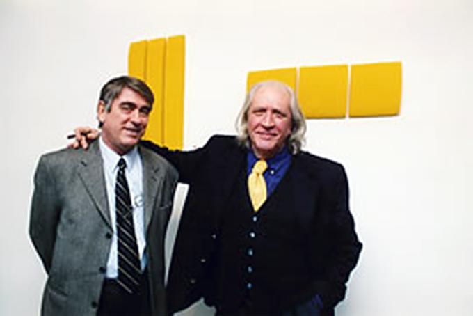 Il critico Giorgio Bonomi e Pino Pinelli