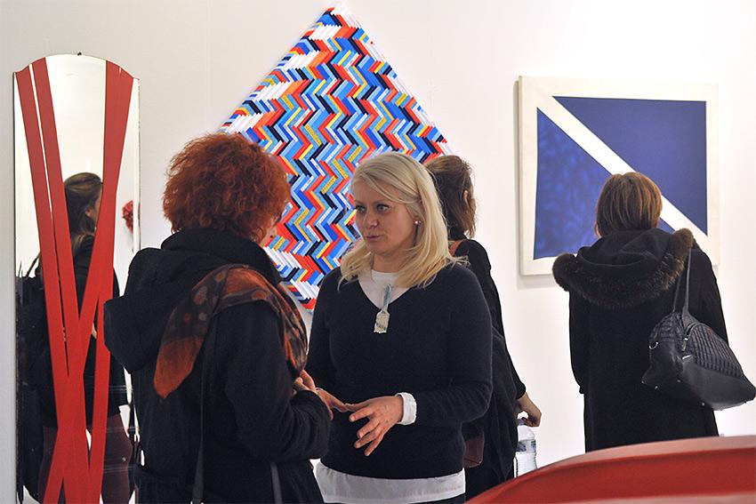 Francesca Della Toffola con Sabina Melesi alla fiera BAF 2016 nello Stand di Galleria Melesi