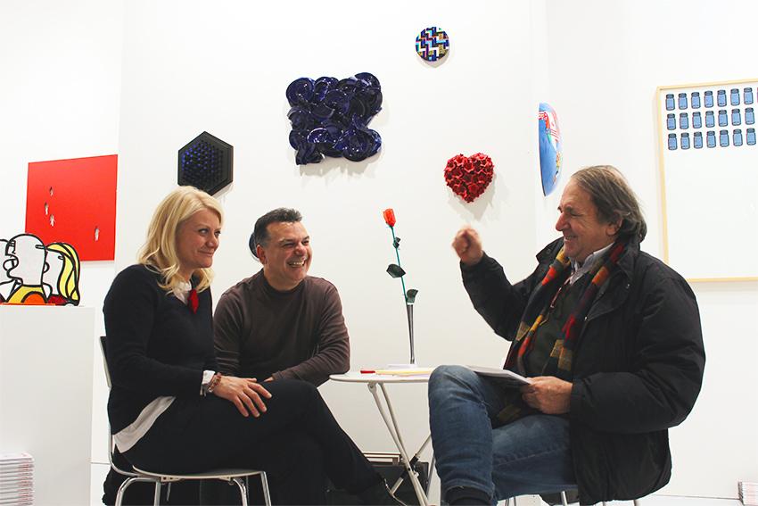 Sabina Melesi, Mimmo Iacopino, Enzo Forese alla fiera BAF 2016 nello Stand di Galleria Melesi