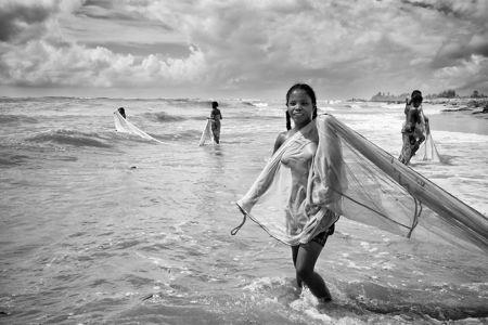 Pierrot Men pesca Mananjary Madagascar donna malgascia stampa foto photo bianco e nero