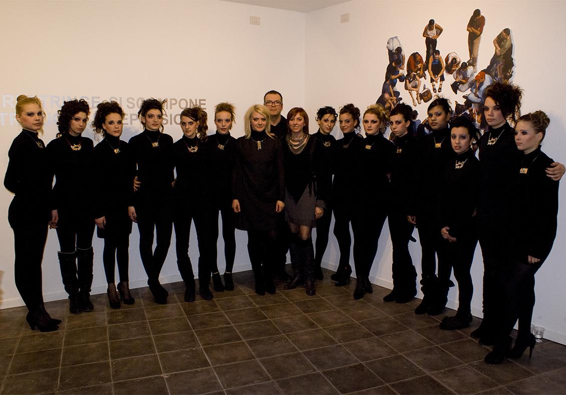 Sabina Melesi con Simona Uberto e le Studentesse del Clerici con Gianluca Codeghini